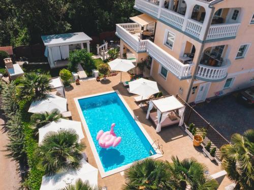 villa-pool-opatija