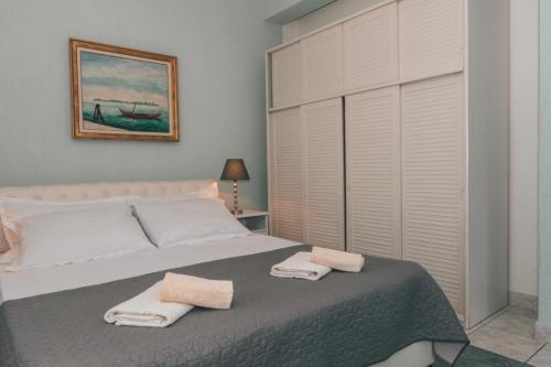 apartment-4-chiara-bed